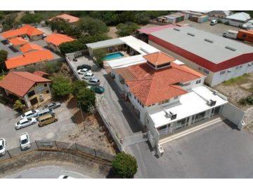 Cas Coraweg - Een Stage Op Curacao
