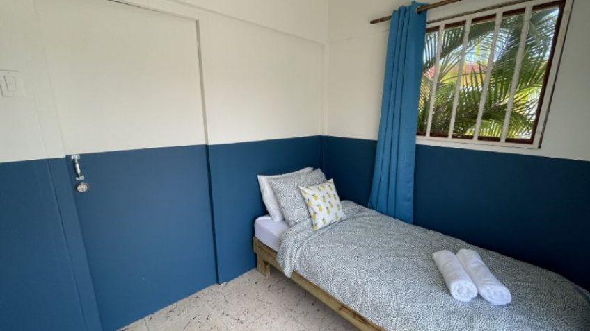 Hugenholtzweg - Een Stage Op Curacao